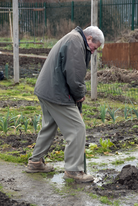 "84 year old Tommy Norris double dug his entire plot, saying ""It nearly killed me"" with a laugh."